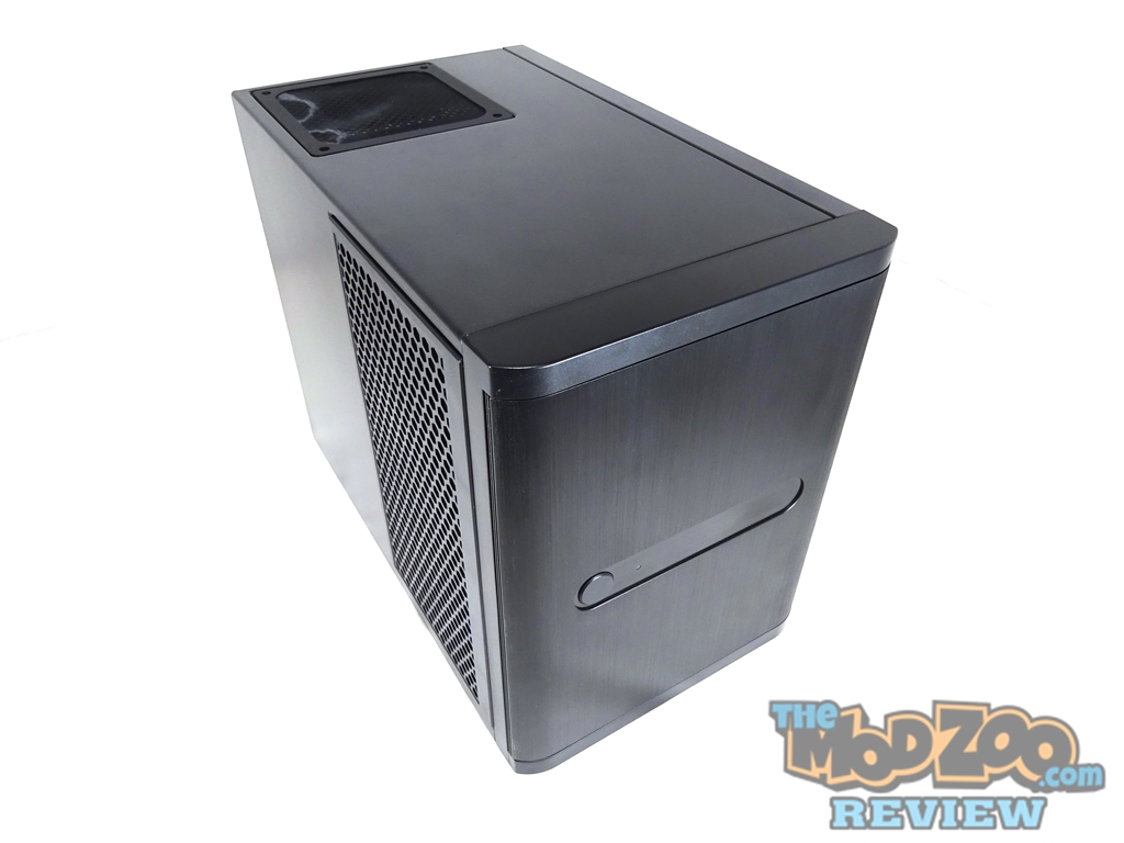 mod_zoo_silverstone_ds380_micro_server_case_review_00-000