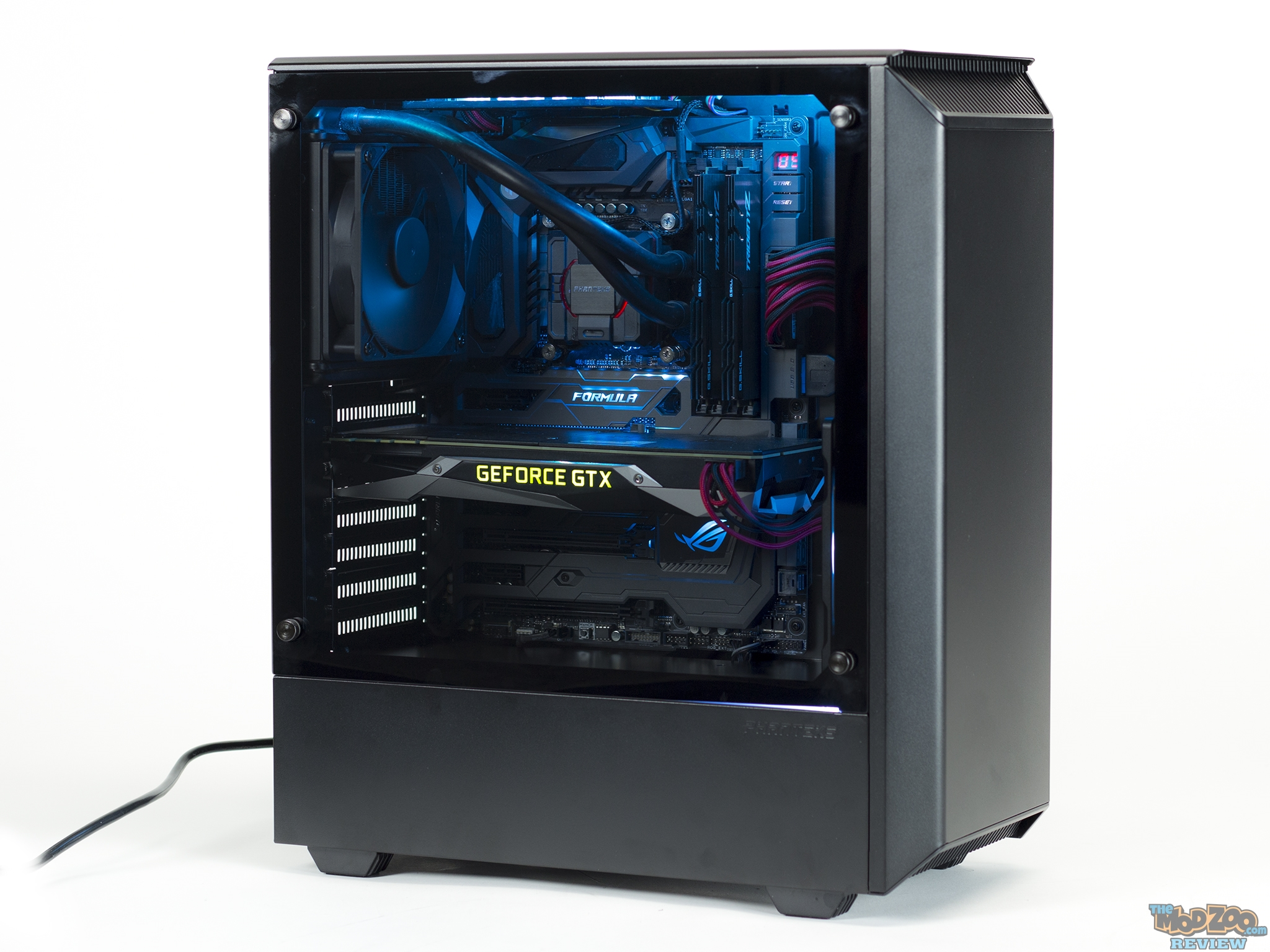 ddc87d828f4 Phanteks P300 Case Review